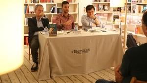 Presentacion del libro Independencia en la granja de Jose Serralvo, en la libreria +Bernat