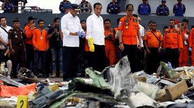 Indonesia revisará todos los modelos de avión como el que se estrelló el lunes