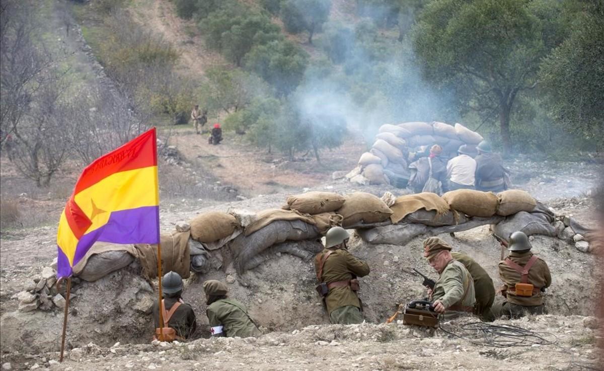 Recreación del ataque franquista a las fortificaciones de la Serra de la Fatarella.