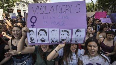 Un vecino de Barcelona seguidor de la Legión difundió los datos y la foto de la víctima de 'La manada'