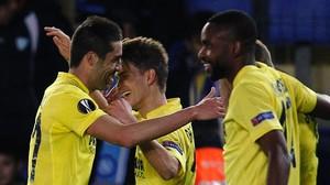 Denis Suárez impulsa el Vila-real (1-0) i el València de Neville apallissa el Rapid (6-0)