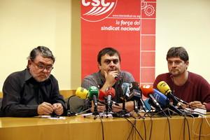 El secretario general de I-CSC, Carles Sastre; el portavoz, Marc Sallas;y el miembro de la Xarxa de Sindicalistes per la Indepèndencia, Juanjo Morales, el pasado 3 de noviembre del 2017.