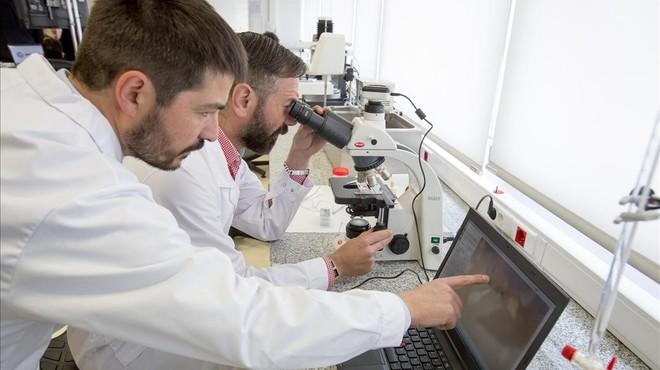 La contractació de científics i universitaris