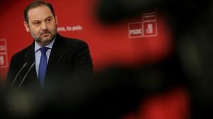 José Luis Ábalos durante una ruda de prensa.