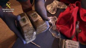 Cauen 18 narcos d'una xarxa que provaven d'introduir haixix per les costes de Màlaga