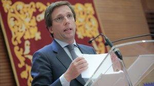 El alcalde de Madrid, José Luis Martínez-Almeida, el pasado 10 de marzo, tras una reunión del Gobierno municipal.