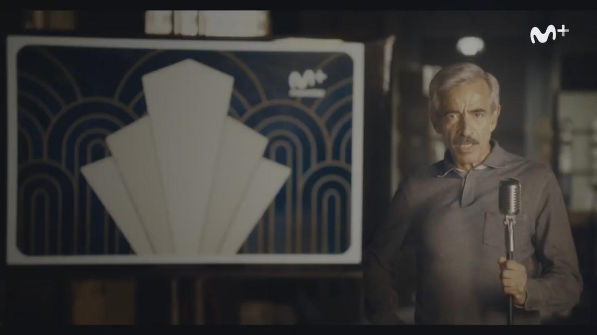 El actor Imanol Arias, en el video de promoción que anuncia la nueva serie de Movistar+ Velvet colección.