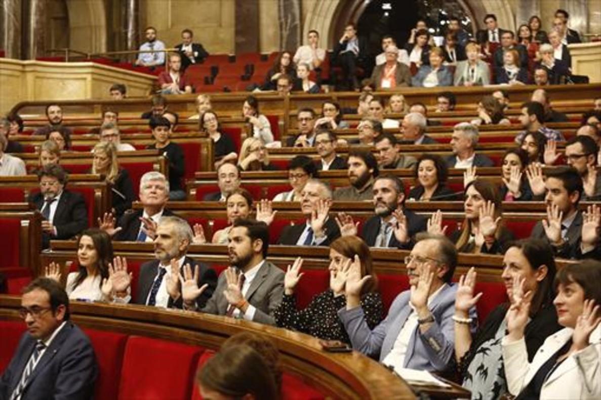 Votación de la resolución sobre la celebración de un referéndum durante el debate de política general.