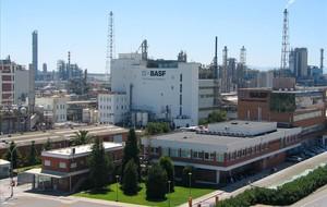 Instalaciones de Basf en Tarragona.