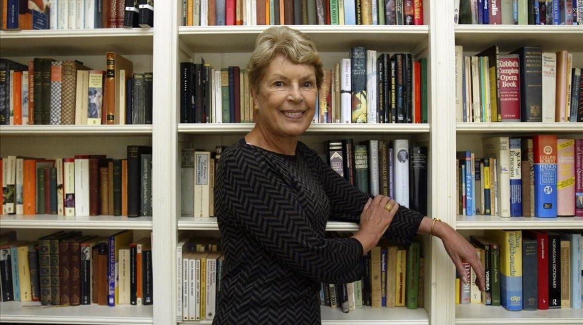 Ruth Rendell, en su casa de Londres, en el 2005.