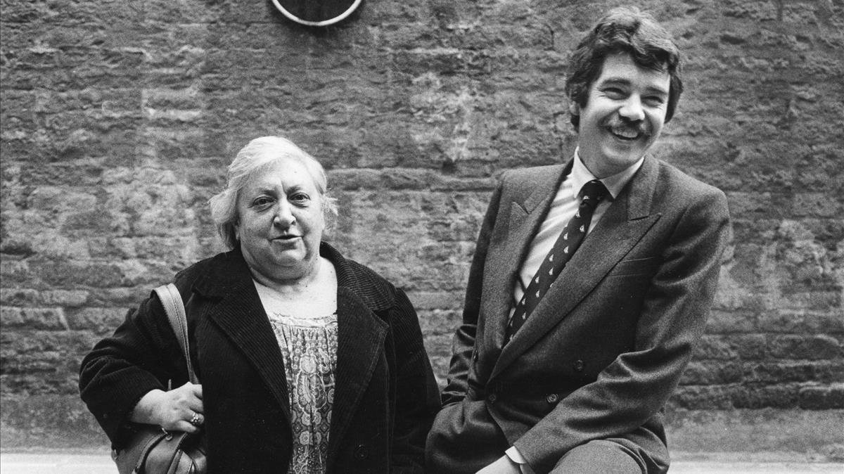 Maria Aurèlia Capmany y Pasqual Maragall, en 1983.