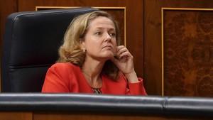 La ministra de Hacienda, Nadia Calviño, en el Congreso de los Diputados, en una imagen de archivo.
