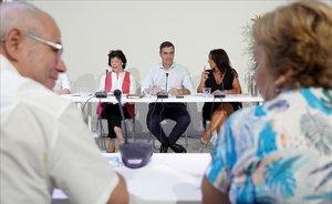 Sánchez es reuneix amb organitzacions educatives i amb oenagés contra la desigualtat social i la despoblació