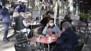 Una terraza de un bar dePoblenou en Barcelona, la semana pasada.