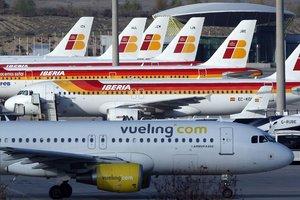 Gairebé 300 avions estan aparcats a Madrid i Barcelona pel coronavirus
