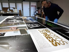 Parets del Vallès estrena la mostra solidària '50 fotos de PRESS' sobre l'autisme