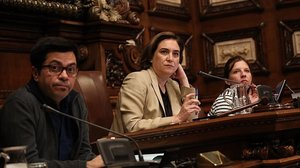 Ada Colau en el pleno del Ayuntamiento.