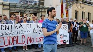 El alcalde de Argentona, Eudald Calvo, ante los juzgados de Mataró el 14 de junio del 2018.