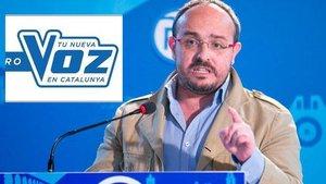 El líder del PP catalán utiliza el logo de 'La Voz' para promocionarse