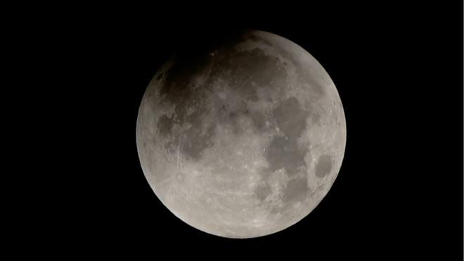 Calculada la temperatura interna de la Luna.