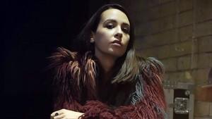 La cantante Findlay que actua en el Bam.