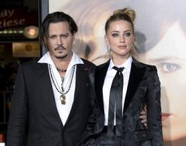 Johnny Depp y Amber Heard durante una premiere en Los Ángeles.