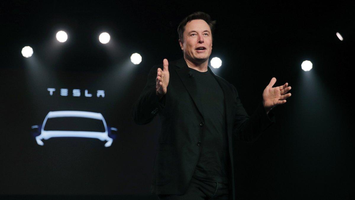 Elon Musk anuncia su intención de comprar 10 millones de dólares en nuevas acciones