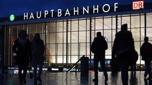 La estación de tren de Colonia, frente a la cual se produjeron las agresiones sexuales.