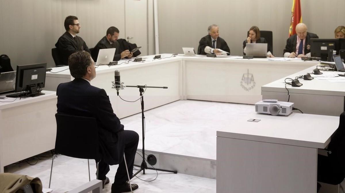 El exembajador de España en Finlandia Marcos Vega Gómez, en el juicio que se sigue en la Audiencia Nacional.