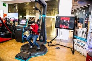 Este evento permite experimentar con la realidad virtual.