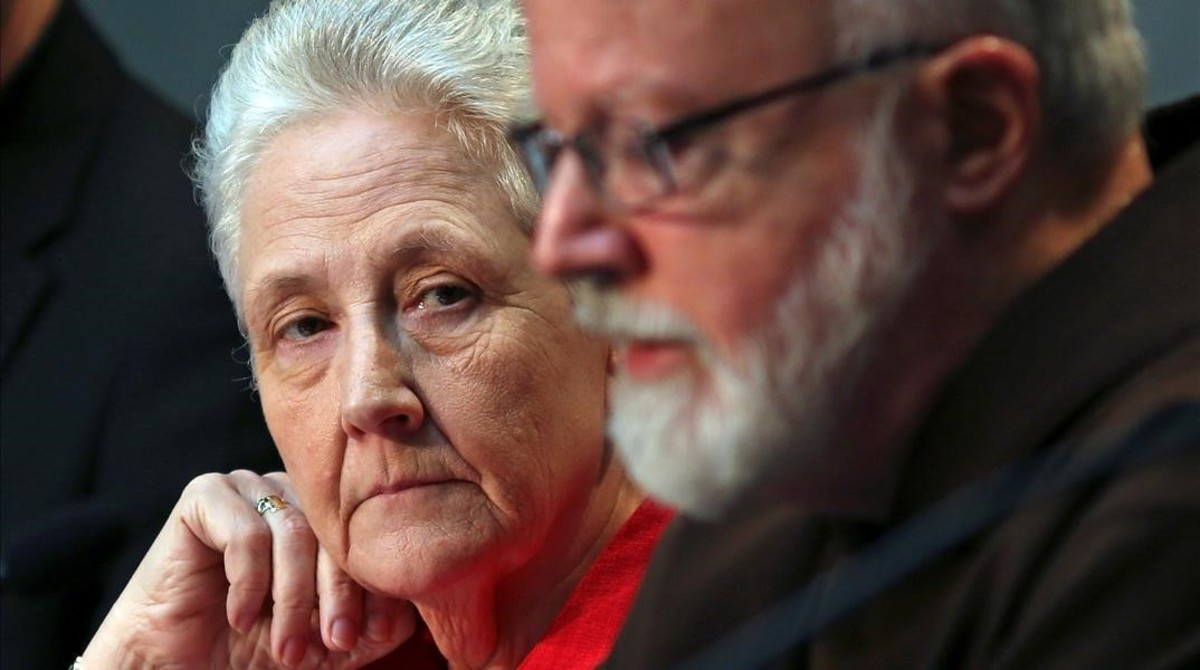 Marie Collins y el cardenal Sean Patrick O'Malley.