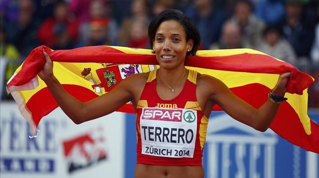 Indira Terrero, tras conseguir la medalla de bronce en los 400 metros de los Campeonatos de Europa disputados en Zúrich.