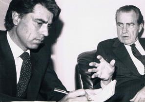 El periodista Jesús Hermida con el expresidente de los EEUU Richard Nixon.