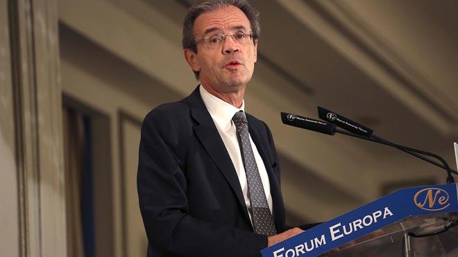 Jordi Gual, de CaixaBank, llama al diálogo pacífico en Catalunya.