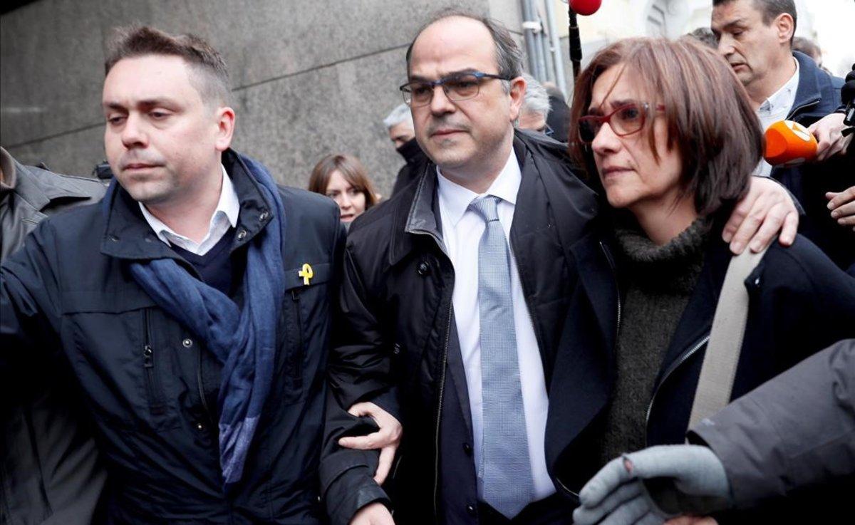 Jordi Turull y su esposa, Blanca Bragulat, a su llegada al Tribunal Supremo el pasado 23 de marzo.