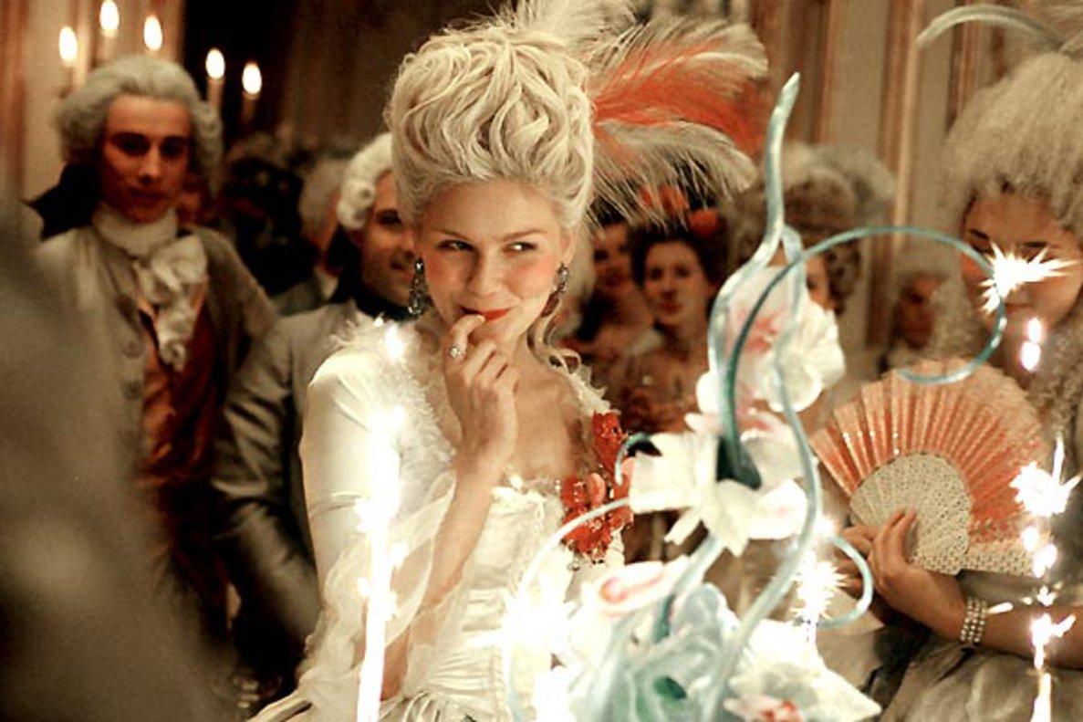 Kirsten Dunst, en una escena de 'María Antonieta', de Sofia Coppola.