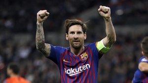 Leo Messi celebra el tercer gol del Barça.