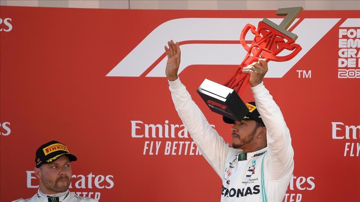 Lewis Hamilton (Mercedes) ganael GP de España y suma el quinto doblete para Mercedes.