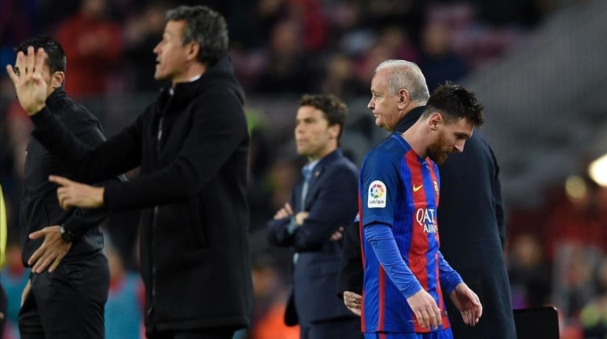 Luis Enrique tras el cambio de Messi en el Barça-Sporting.