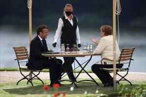 Macron y Merkel, en Gransee (Alemania).