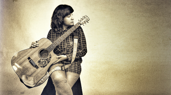 La cantant de Vic interpreta 'The secret (The low-down light)'