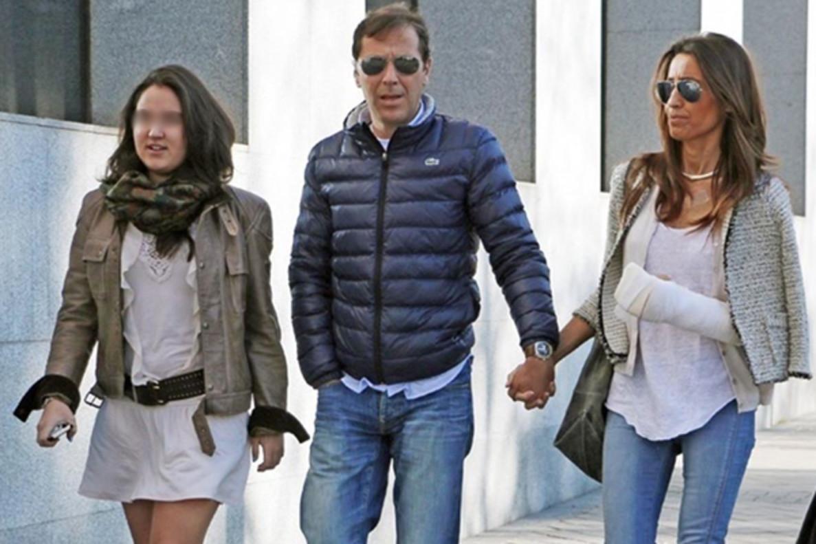Condenan a 20 años en un psiquiátrico a la agresora de la mujer y la hija de Paco González