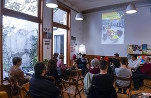 De izquierda a derecha, Laura Huerga, Anna Maria Iglesia, Valentí Fradera, Àlex Vergés y Jordi Camp, durante la presentación de Montecarlo.