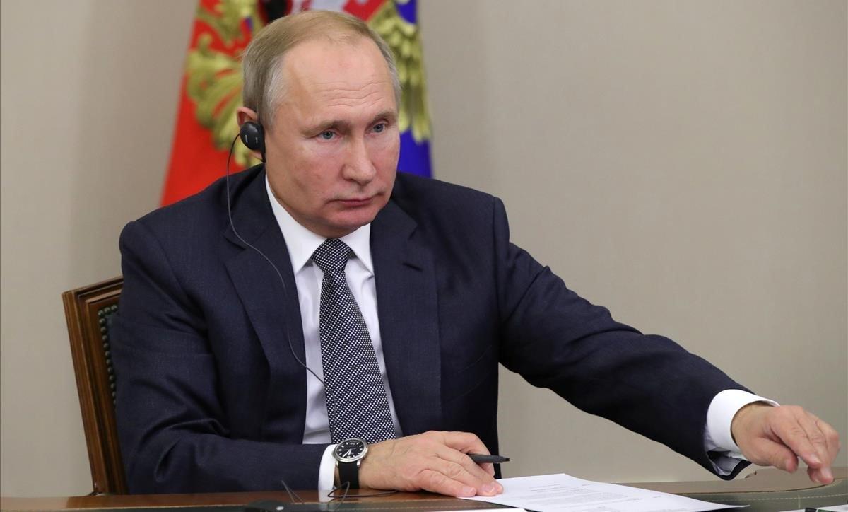 Putin se comunica por videoconferencia con Xi en el acto de inauguración del gasoducto.