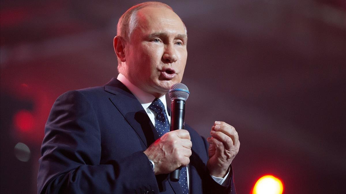 Putin interviene en el foro de juventud Rusia, tierra de oportunidades, en Moscú, el 15 de marzo.
