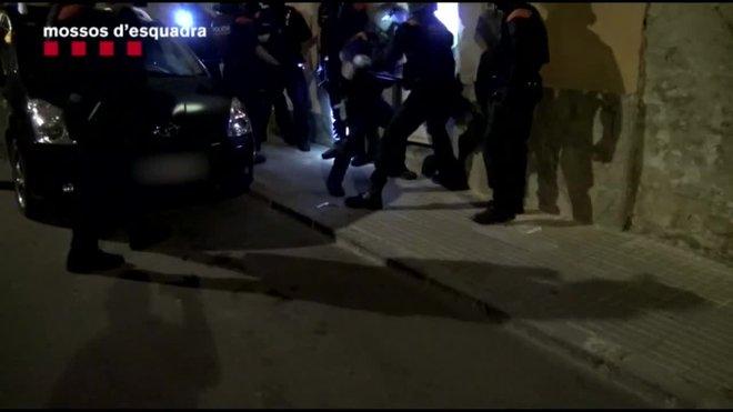 Tres detinguts per segrestar i torturar un home a Amposta