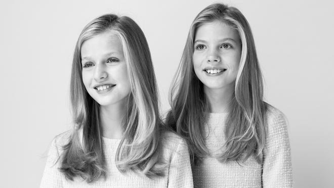 Els Reis i les seves filles estrenen retrats oficials