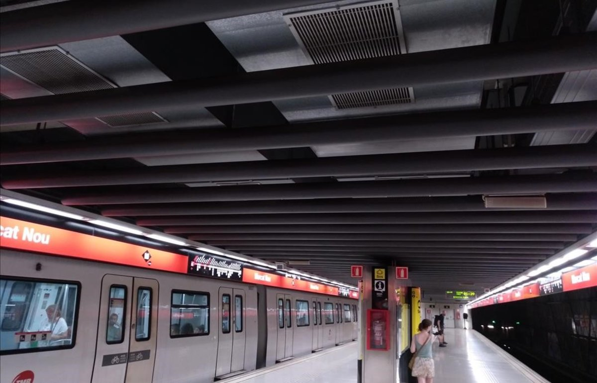 El sistema de ventilación del metro en una estación de la Línea 1.