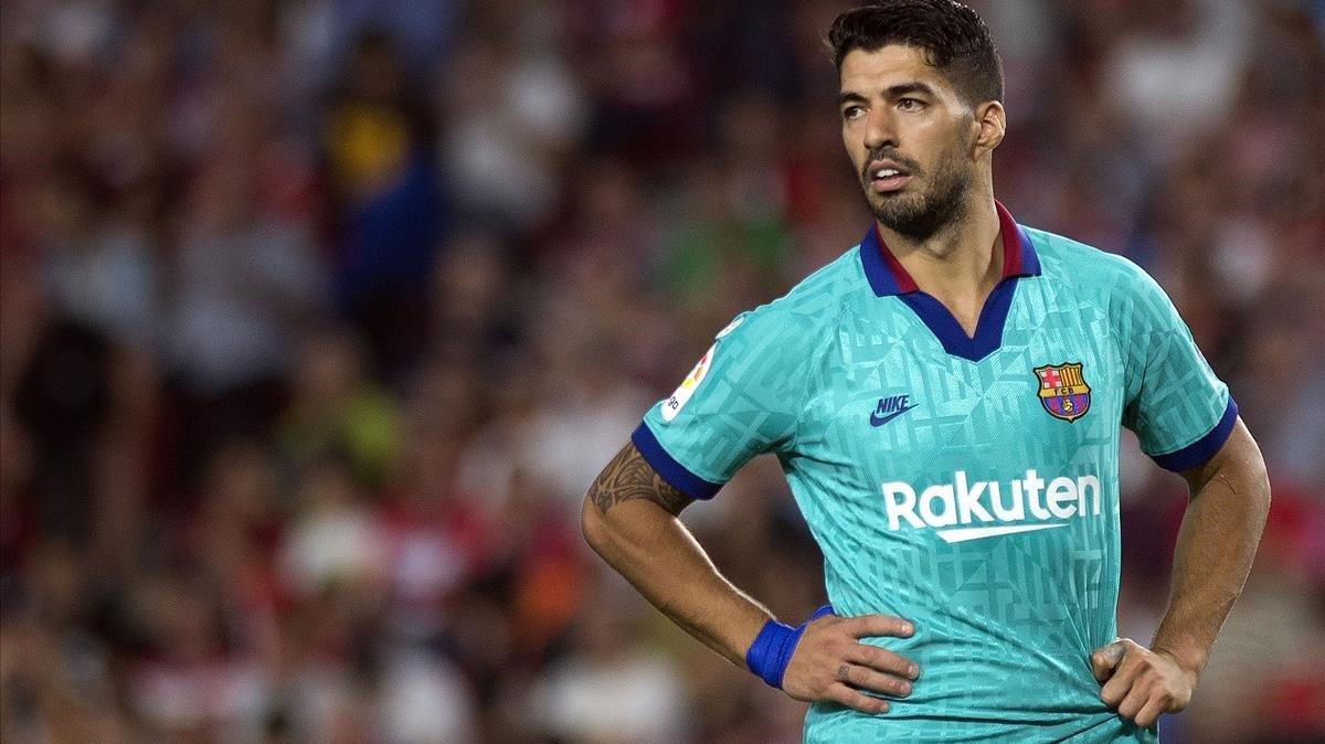 Suárez, frustrado tras la derrota en Granada.