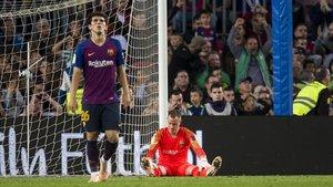 Ter Stegen se lamenta de su error en el 1-3 del Betis en el Camp Nou.